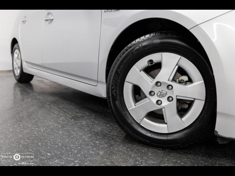 Toyota Prius 2010 price $15,888