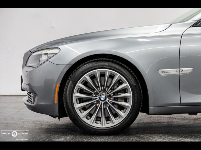 BMW 750i 2011 price $18,888