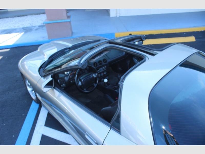 Pontiac FIREBIRD 2001 price $18,995