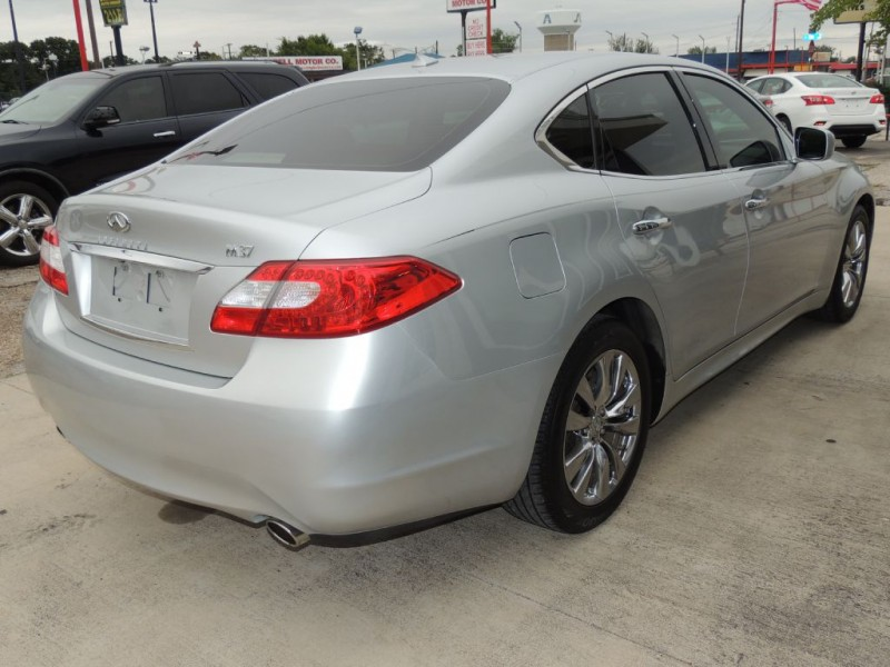 INFINITI M37 2011 price $13,995
