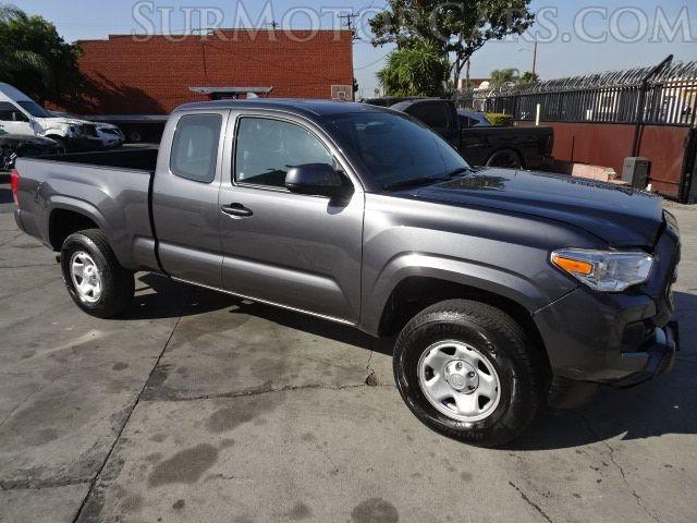 Toyota Tacoma 2017 price $16,950