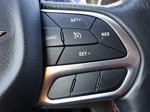 Chrysler Pacifica 2019 price $13,950