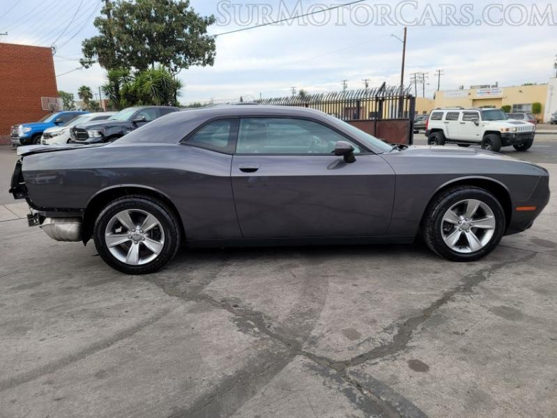 Dodge Challenger 2019 price $14,950