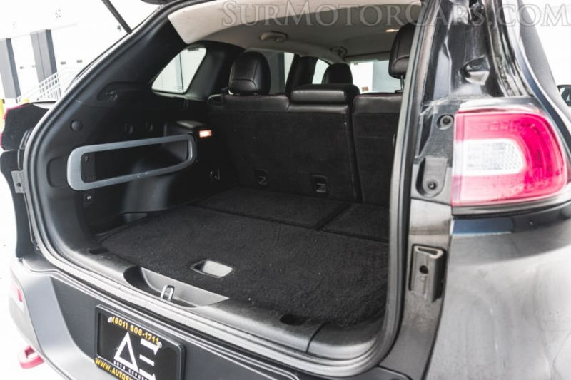 Jeep Cherokee 2014 price $16,800