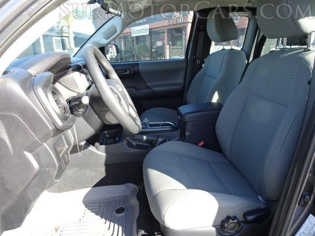 Toyota Tacoma 2017 price $13,950