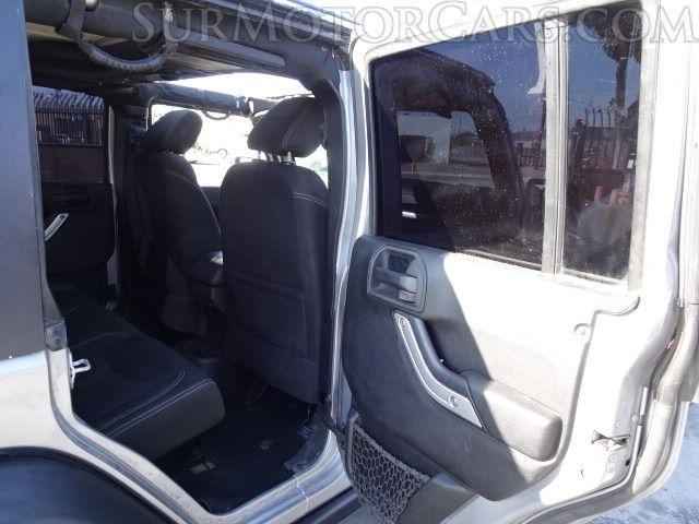 Jeep Wrangler Unlimited 2015 price $16,950
