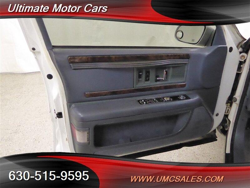 Buick Roadmaster 1995 price $3,000