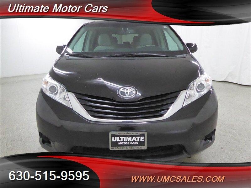 Toyota Sienna 2012 price $13,000