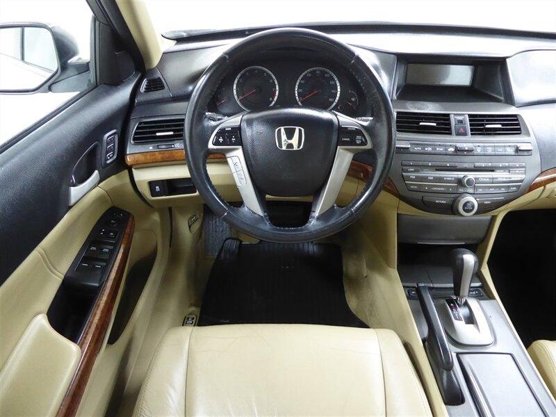 Honda Accord 2012 price $9,000