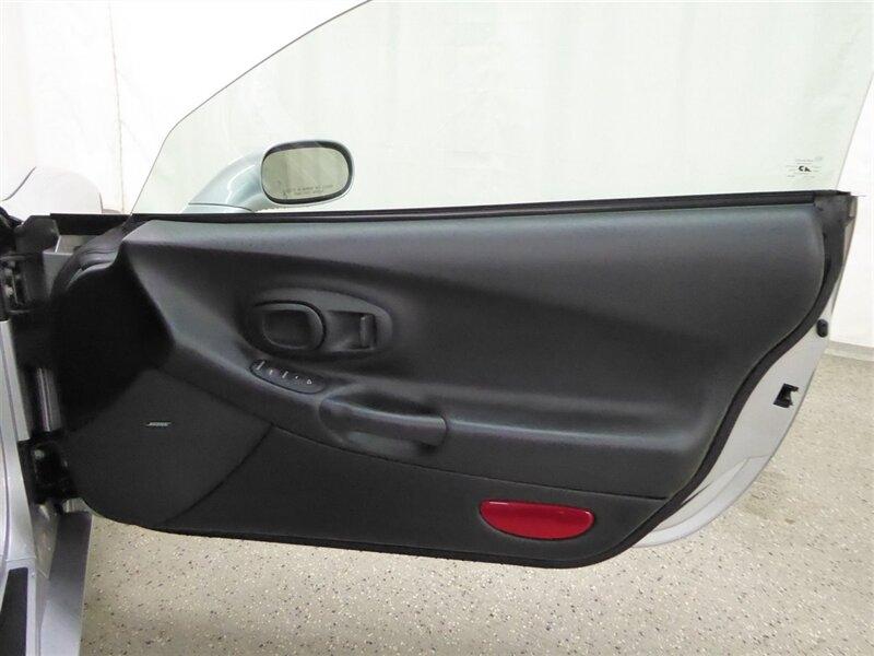 Chevrolet Corvette 2003 price $23,500