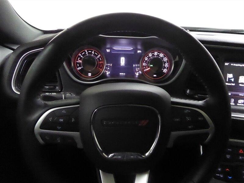 Dodge Challenger 2015 price $26,500