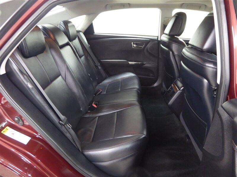 Toyota Avalon Hybrid 2013 price $10,500