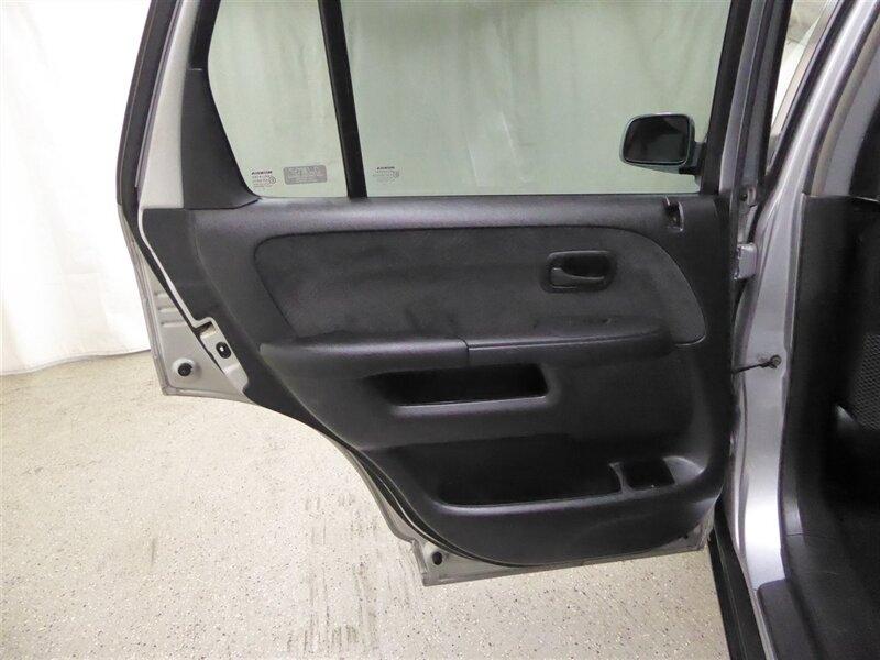 Honda CR-V 2005 price $4,800
