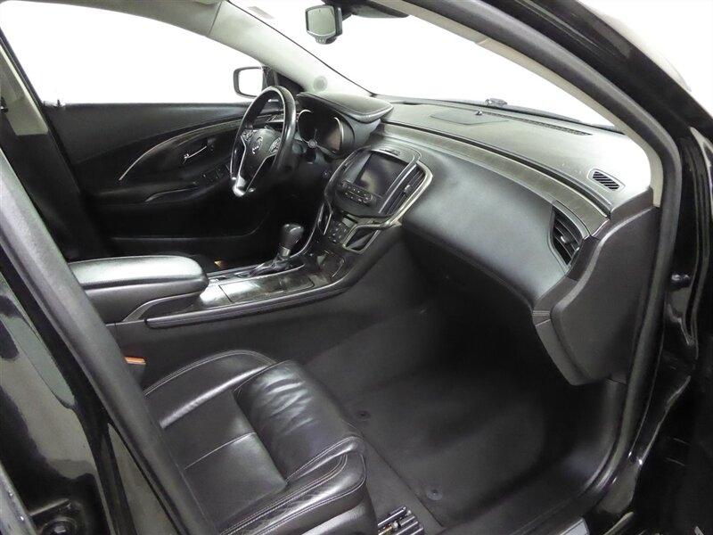 Buick LaCrosse 2016 price $16,500