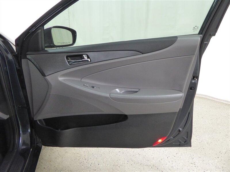 Hyundai Sonata 2011 price $8,500