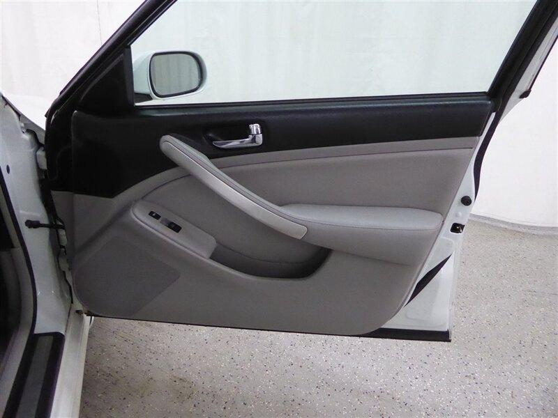Infiniti G35 2006 price $6,500