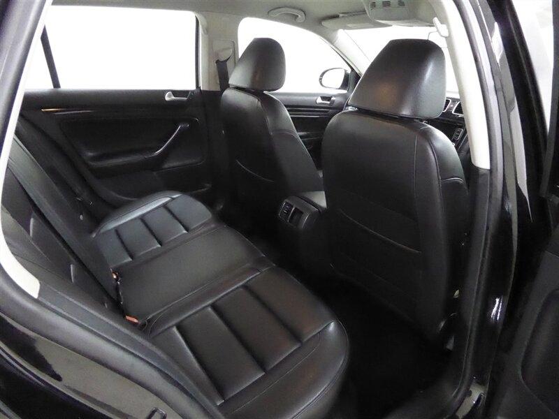 Volkswagen Jetta 2014 price $16,000