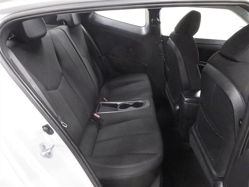 Hyundai Veloster 2013 price $11,000
