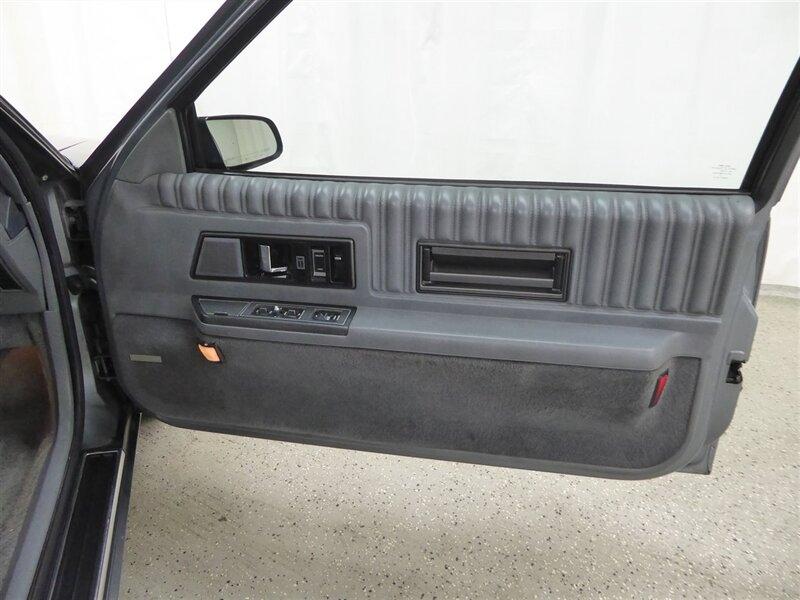 Oldsmobile Toronado 1989 price $6,000