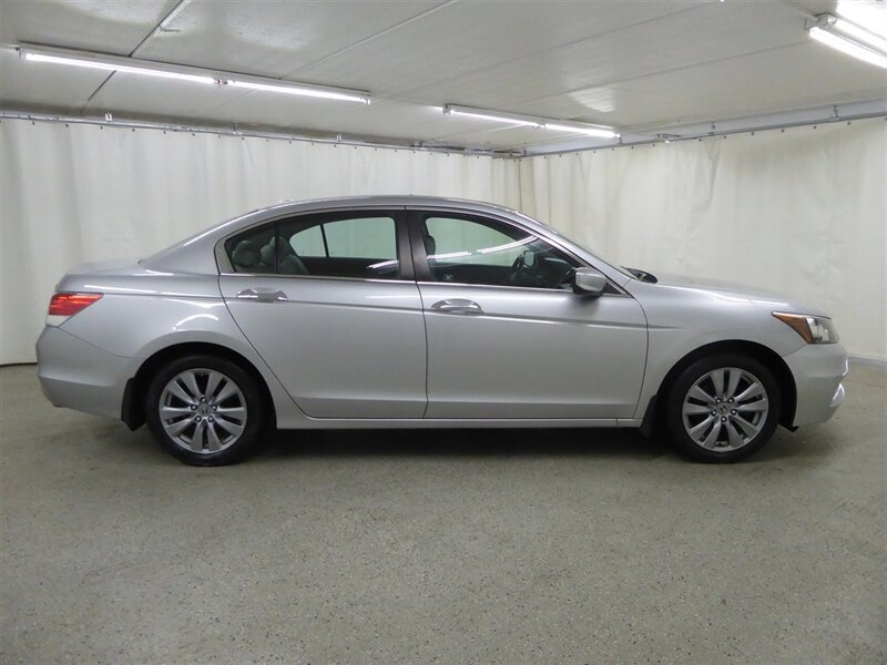 Honda Accord 2012 price $11,000