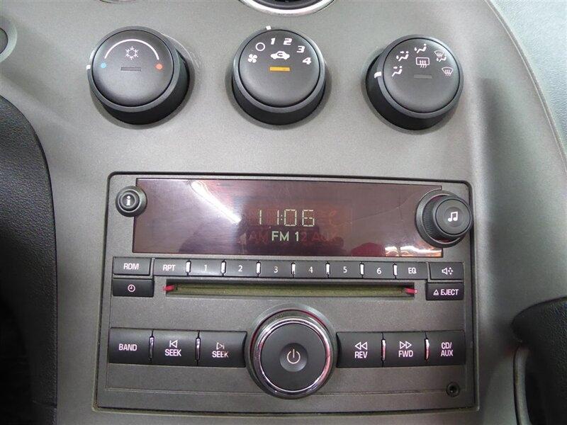 Pontiac Solstice 2006 price $10,200