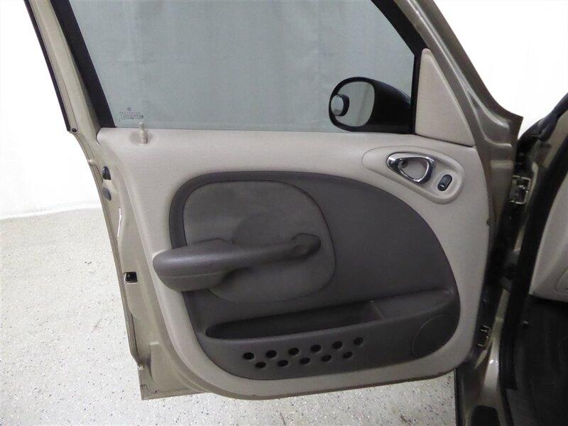 Chrysler PT Cruiser 2003 price $8,000