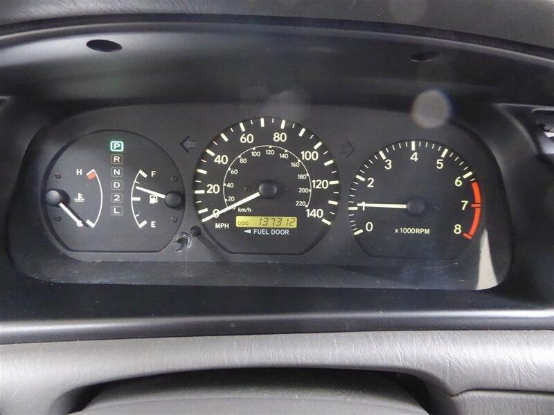 Toyota Camry 2000 price $4,000