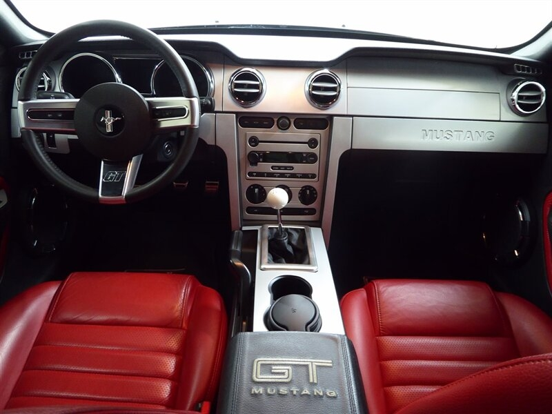 Ford Mustang 2005 price $22,000