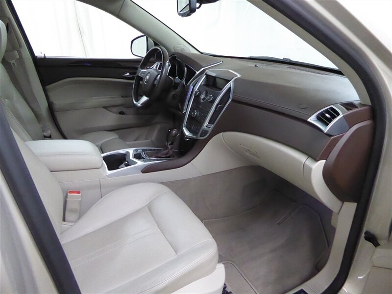 Cadillac SRX 2011 price $16,500