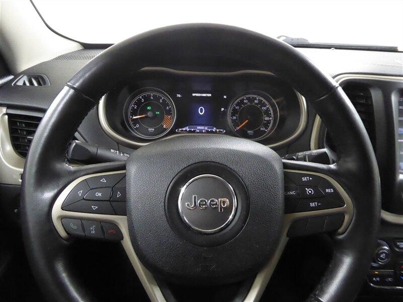 Jeep Cherokee 2015 price $18,000