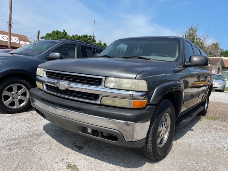 CHEVROLET SUBURBAN 2002 price Call for Pricing.