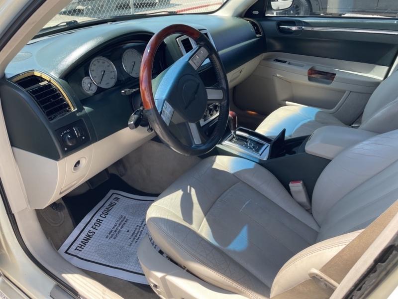 CHRYSLER 300C 2005 price $7,995