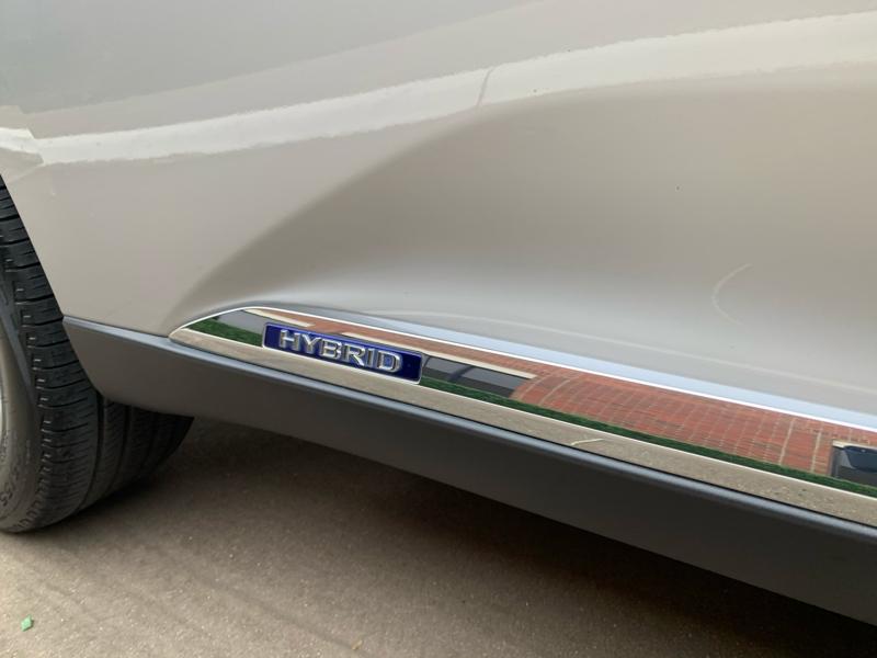 Lexus RX 450h 2010 price $13,888