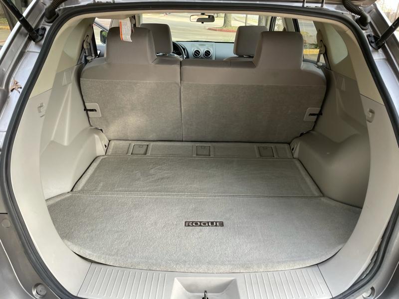 Nissan Rogue 2011 price $7,288