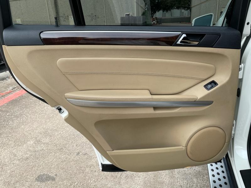 Mercedes-Benz GL-Class 2012 price $17,888