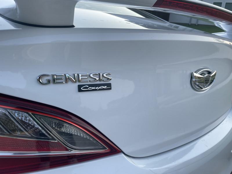 Hyundai Genesis Coupe 2015 price $11,488