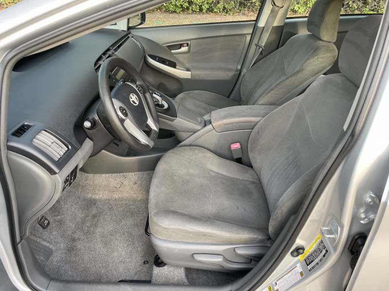 Toyota Prius 2010 price $6,788