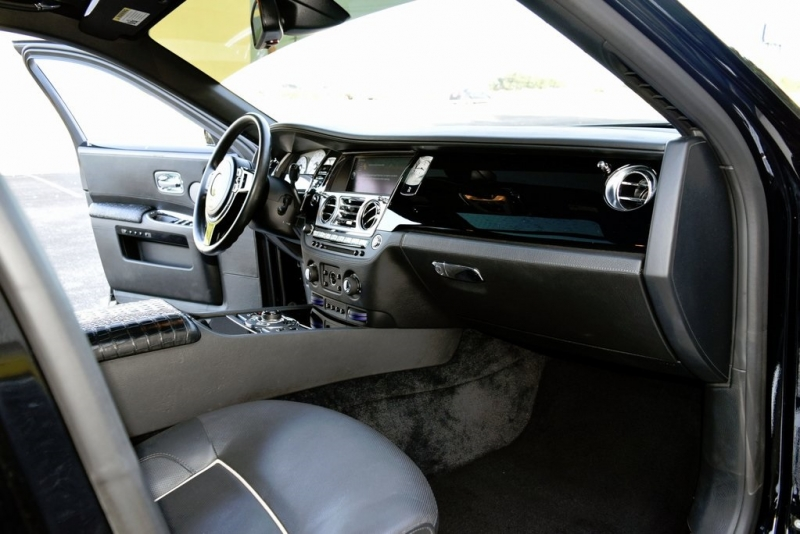 Rolls-Royce Ghost 2011 price $103,750