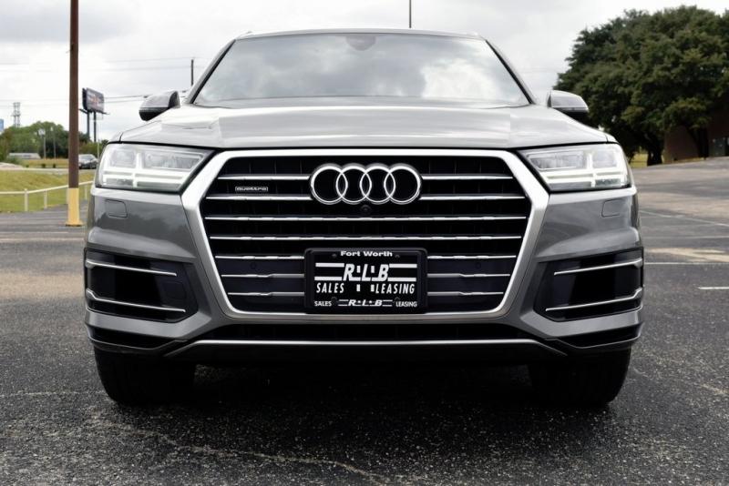 Audi Q7 2017 price $36,250