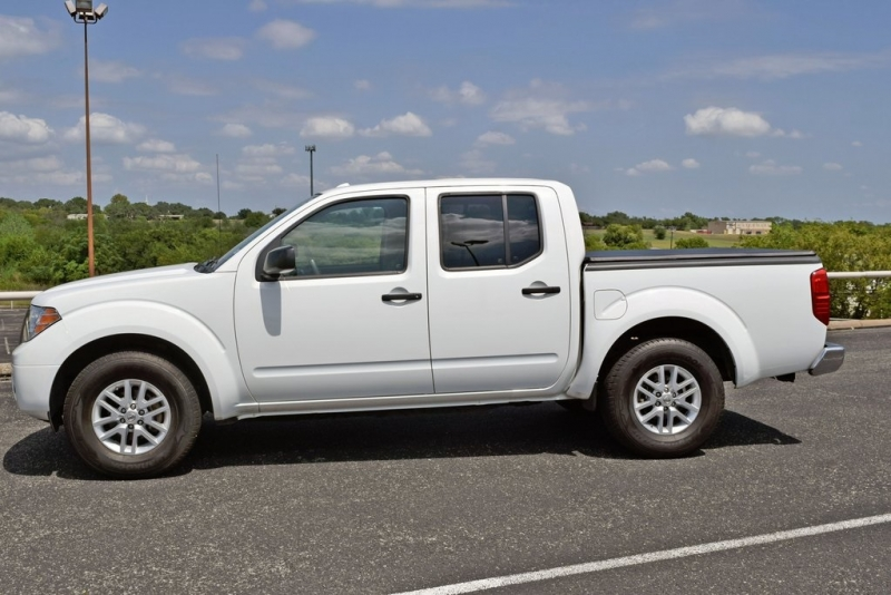 Nissan Frontier 2018 price $21,900