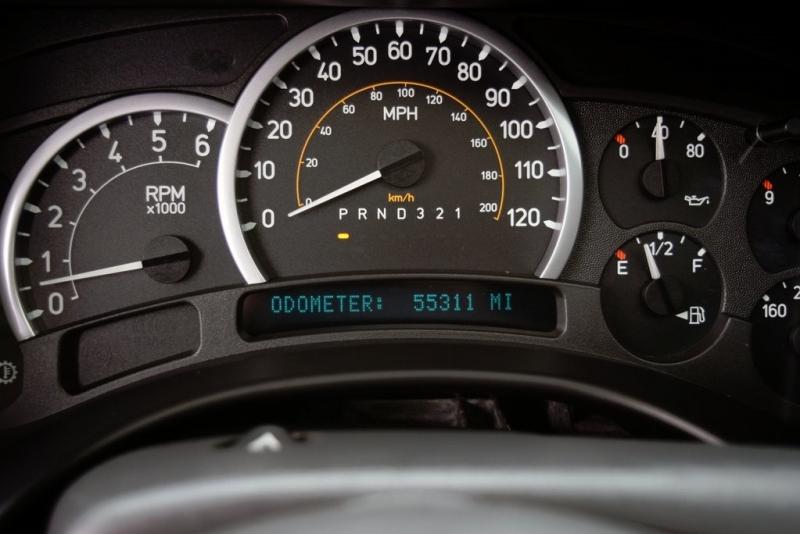Hummer H2 2007 price $32,000