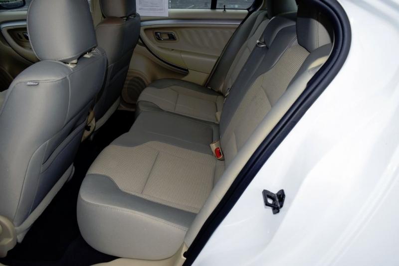 Ford Taurus 2019 price $17,850