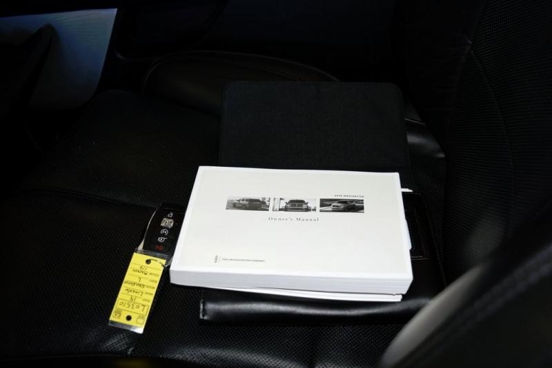 Lincoln Navigator 2019 price $69,500