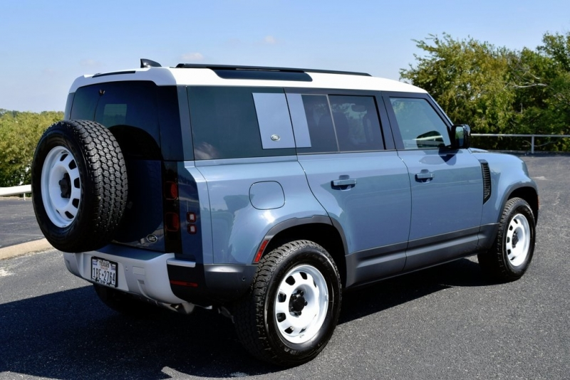 Land Rover Defender 110 2020 price $67,990