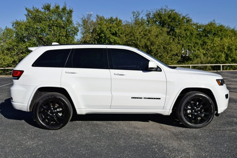 Jeep Grand Cherokee 2020 price $34,800