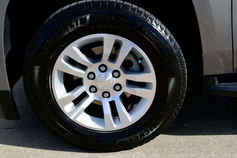 Chevrolet Tahoe 2019 price $36,750