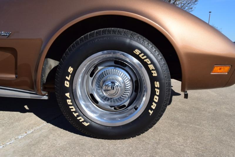 Chevrolet Corvette 1975 price $12,900