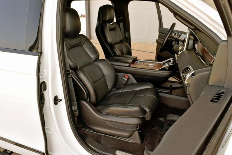 Lincoln Navigator 2020 price $83,900