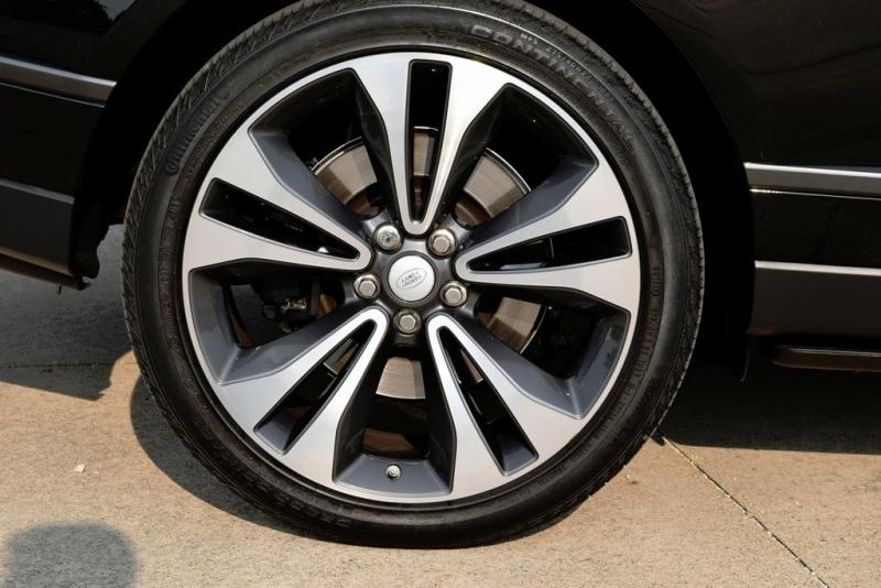 Land Rover Range Rover 2020 price $174,990