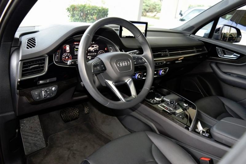 Audi Q7 2019 price $55,750